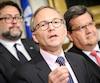 Le ministre des Affaires municipales Martin Coiteux et le maire de Montréal Denis Coderre en conférence de presse jeudi.