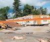Cette maison mobile de Mont-Laurier a été soufflée par des vents violents qui auraient atteint 150km/h.