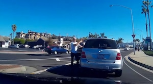 Image principale de l'article Un automobiliste en colère rattrapé par le karma