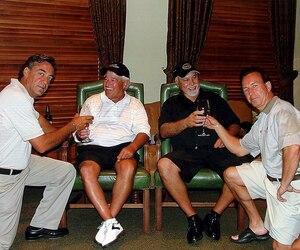 René Angelil, en compagnie de Michel Bergeron, Rosaire Archambault et Rock Cloutier. 7 décembre 2005.