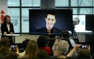 Edward Snowden au lancement de Snowden Archive