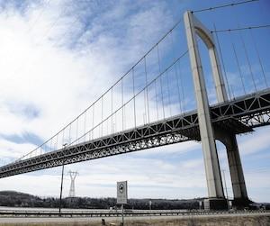Une récente inspection du pont Pierre-Laporte, réalisée par des ingénieurs du secteur privé, a relevé de nombreux indices de dégradation: pièces fissurées, corrosion «très importante» sur des plaques horizontales, brins d'acier rompus sur des câbles de suspente, etc.