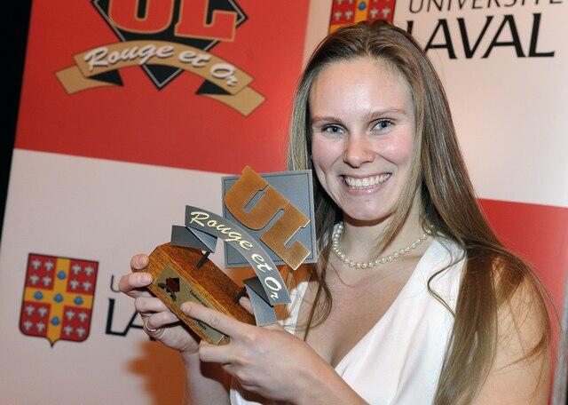 61e Gala du M�rite sportif Rouge et Or de l'Universit� Laval mardi le 10 Avril 2012 a Quebec. Gagnante du prix Etudiante Athlete Sport Collectif, Karen Paquin en Rugby.SIMON CLARK/JOURNAL DE QUEBEC/AGENCE QMI