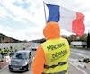 En France, les gilets jaunes récoltent près de 80% d'appuis populaires.