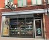 Ode Salon Styliste a pignon sur rue au centre-ville de Trois-Rivières.