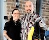 Éric Gendron et Annie Langlois ont trouvé la clé USB dans ce manteau acheté au préposé aux bénéficiaires André Tougas, accusé d'agressions sexuelles.
