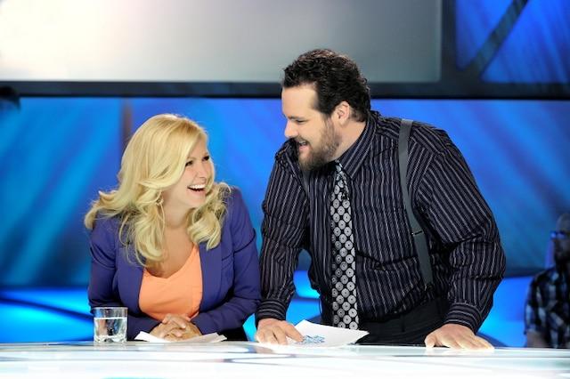 Véronique Cloutier a dominé Éric Salvail dans la bataille des émissions d'archives télé mercredi dernier.