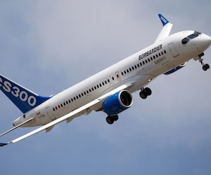 Bombardier supprimera 7000 emplois à l'échelle mondiale, dont 2400 au Québec.