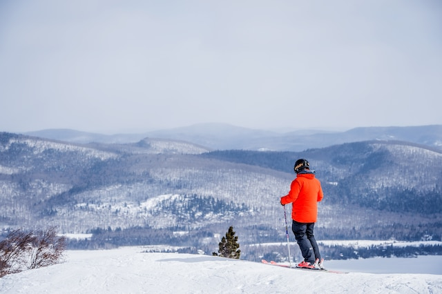 Une dénivellation de 305m s'offre aux skieurs à Ski La Réserve.