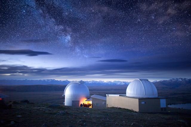 La région de Lake Tepako, en Nouvelle-Zélande (île du Sud), est classée «réserve internationale de ciel étoilé».
