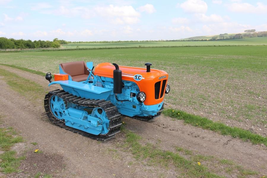 ce tracteur lamborghini est vendre et on a envie de l acheter jdq. Black Bedroom Furniture Sets. Home Design Ideas