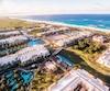 Le gigantesque complexe du Hard Rock Hotel & Casino Punta Cana est situé sur la longue plage de Macao, à Punta Cana.