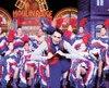 Souplesse et agilité sont recherchées chez les danseurs du Moulin Rouge.