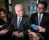 Le premier ministre Philippe Couillard hausse le ton en s'adressant à Ottawa, dans le dossier des demandeurs d'asile.