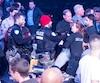 Les forces policières ont dû intervenir lors du gala de boxe présenté au Centre Bell, samedi.