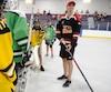 Le gardien Marc-Andre Fleury participe a un match de hockey de rue avec des jeunes au centre sportif Roland-Beaudin à Québec.