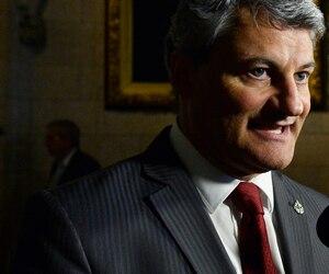 Le député conservateur Gérard Deltell a voté contre le projet de loi fédéral sur l'aide médicale à mourir mardi aux Communes. Il avait au départ indiqué qu'il était favorable à C-14 malgré des réticences.