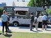 Descriptif: - Deuxième année - Menu variant entre 2 et 8$ Facebook.com/Fous-Truck-bar-à-croissants