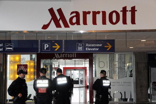 Une opération policière a eu lieu à l'aéroport Pierre-Elliott-Trudeau, dimanche, à Dorval, sur l'île de Montréal, en raison de la présence d'un colis suspect dans l'établissement.