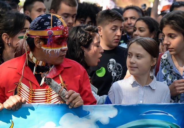 La grande manifestation pour le climat tenue dans les rues de Montréal a réuni des centaines de milliers de personnes soucieuses de l'environnement, dont la militante écologiste suédoise Greta Thunberg, le vendredi 27 septembre 2019.  MAXIME DELAND/AGENCE QMI