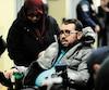 Aymen Derbali et sa conjointe Nedra Zahouani, lors du prononcé de la sentence d'Alexandre Bissonnette le 8 février.