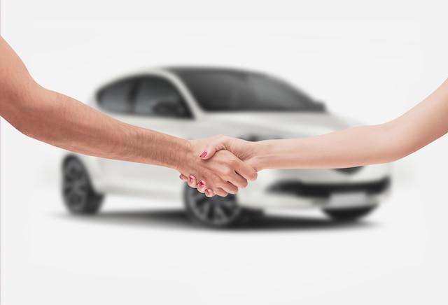 ``Il s'agit d'une méthode dernier cri de faire des affaires dans le monde de l'automobile. Par nos services nous créons une situation gagnante autant pour le client que pour les commerçants. Ce sera donc payant pour les  consommateurs de rechercher des concessionnaires accrédités Wholesale Express dans leurs régions`` conclut fièrement M. Michaud.