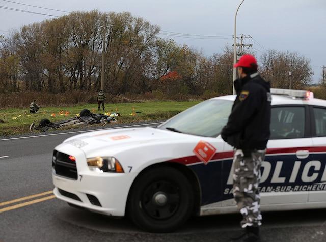 Après avoir renversé deux militaires, Martin Couture-Rouleau a entamé une course poursuite avec la police dans Saint-Jean-sur-Richelieu qui s'est terminée 4 kilomètres plus loin lorsque son véhicule est passé sur un tapis clouté.