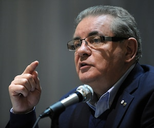 Jacques Duchesneau