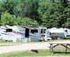 Bien se renseigner sur un terrain de camping avant le départ fera la différence entre un séjour agréable et une fin de semaine à oublier.