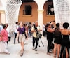 Une œuvre collective en chantier lors de l'inauguration de la 13e Biennale de La Havane.