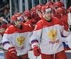 Alexander Romanov (3) a festoyé le but de son coéquipier Ivan Muranov (23) mardi soir au Palais des sports Léopold-Drolet de Sherbrooke.