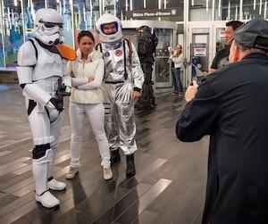 Édition 2017 du Comiccon de Montréal au Palais des congrès, à Montréal, samedi le 8 juillet 2017. Sur cette photo: Des personnages de la Guerre des étoiles. JOEL LEMAY/AGENCE QMI