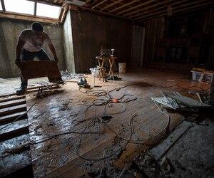 Travaux de réhabilitation dans le sous-sol d'une résidence à Montréal.