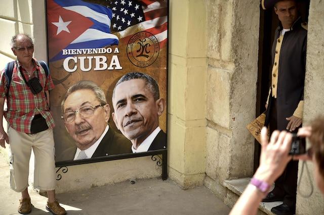 Obama rencontre Castro, le président cubain