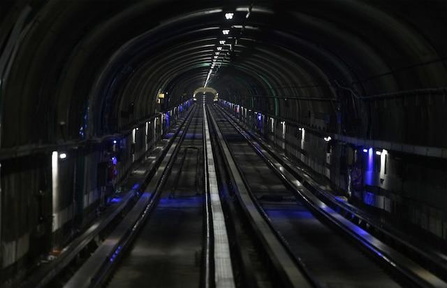 Visite avec les équipes d'entretien du Métro de Montréal, à Montréal, Quebec,Canada. Le jeudi 11avril, 2019. Sur cette photo: Tunnel du Métro MARIO BEAUREGARD/ AGENCE QMI