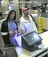 La police recherche deux hommes qui ont volé une boîte de dons destinés aux Manoirs Ronald McDonald vendredi dernier dans le restaurant de Mont-Tremblant.