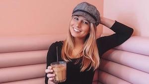 Des cafés glacés «GRATIS» dans ce café