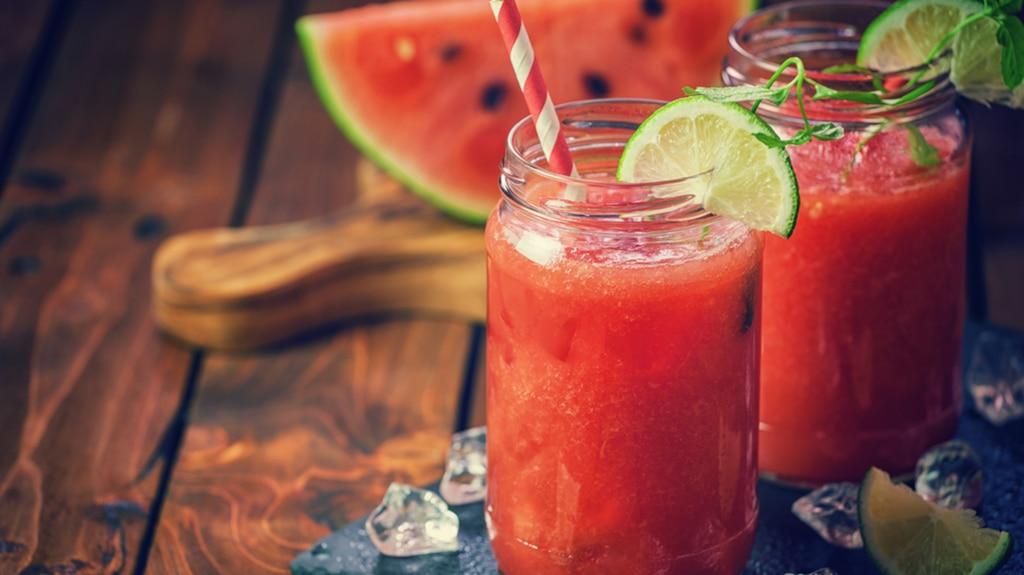 Mocktail melon d'eau, menthe et basilic