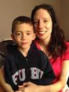 Isabelle Beauchamp et son héros, son fils Xavier, 6 ans.