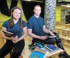 Audélie Seers et Jean-Christophe Bourque, des élèves de 5e secondaire de l'école Saint-Stanislas, à Saint-Jérôme, sont d'accord avec l'interdiction du cellulaire dans leur établissement.