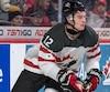 Julien Gauthier a confié en entrevue que les jeunes joueurs francophones d'Équipe Canada n'avaient pas le droit de parler français entre eux.