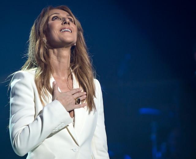 Céline Dion sera en spectacle au Centre Bell les 1er, 4, 5, 8, 9, 12, 13, 16,  17 août ; au Centre Vidéotron de Québec les 20, 21, 24, 25, 27 août et  à l'amphithéâtre de Trois-Rivières les 30 et 31 août