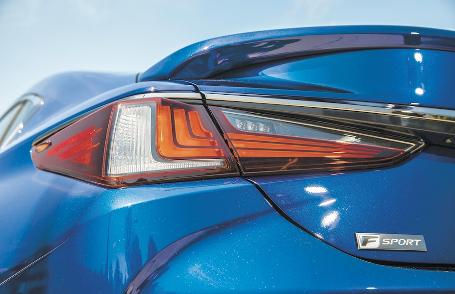 Lexus ES 350: un modèle qui se distingue 35ae1b6e-8b79-4635-a6d0-68307ff2dfb1_ORIGINAL