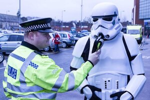 [Star Wars] La police arrête un «Stormtrooper»