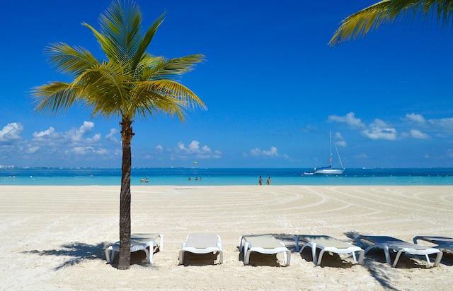 La plage de l'hôtel Presidente  Intercontinental de Cancún.