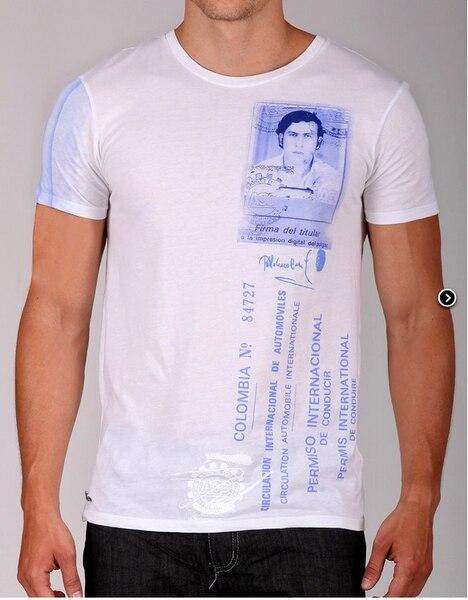 Le t-shirt mis en vente par le fils d'Escobar.