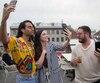 Le cocktail avant les auditions de la nouvelle téléréalité de TVA «XOXO», à l'hotel William Gray, à Montréal, vendredi le 25 mai 2018. Sur cette photo: De gauche à droite: Les trois conseillers de la nouvelle téléréalité «XOXO», Cary Tauben, Elisabetta Fantone, et Olivier Primeau.