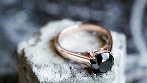 Image principale de l'article Celle qui transforme les déchets en diamants