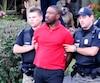 Karim Jean-Gilles, lors de son arrestation à son domicile de Brossard, en septembre 2015, après qu'un de ses pitbulls a attaqué une fillette.