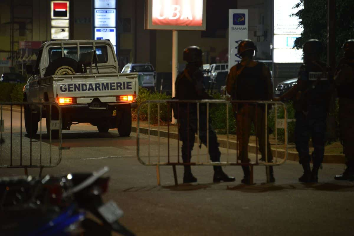 une attaque terroriste contre un restaurant ouagadougou fait 18 rh journaldemontreal com